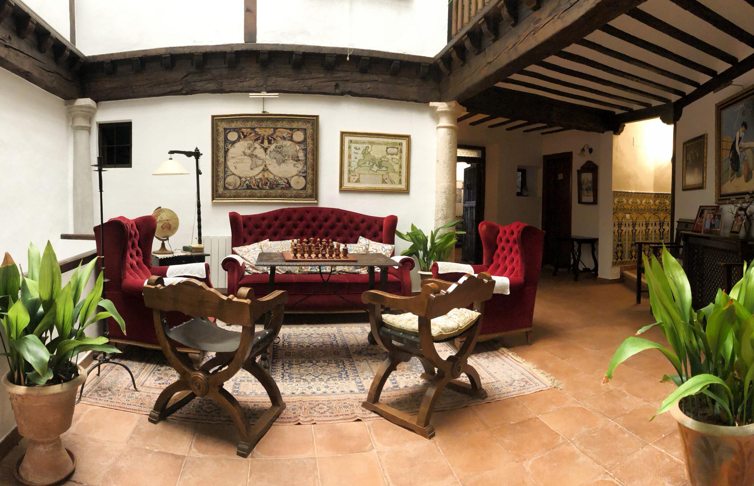 patio interior Casa de la Torre 02 copia